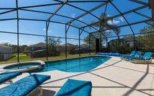 South-facing pool/spa