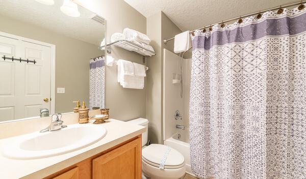 En-suite for Bedroom #2
