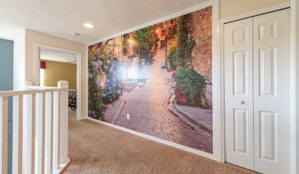Amazing themed wall - Perfect picture Spot for your family!