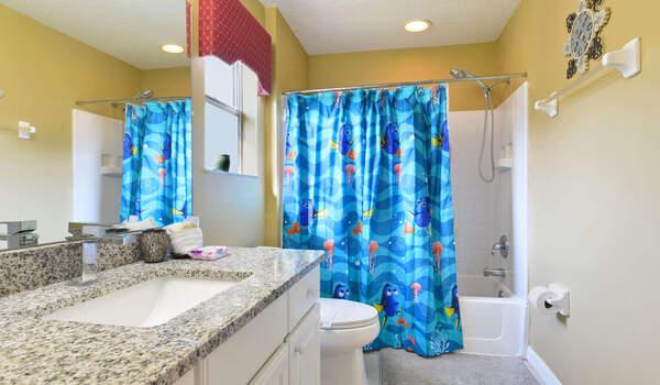 Emerald Island Rental: Jack 'n Jill to bedroom #3 and #4
