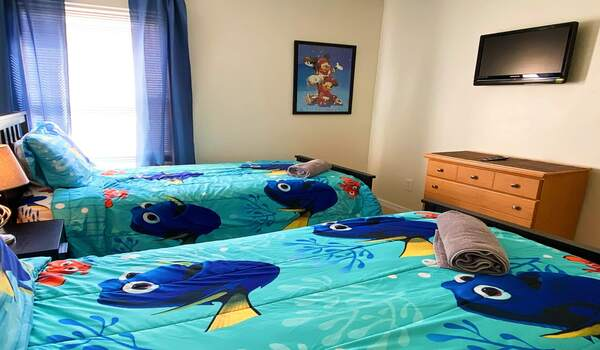 Bedroom 4 - Two twin beds