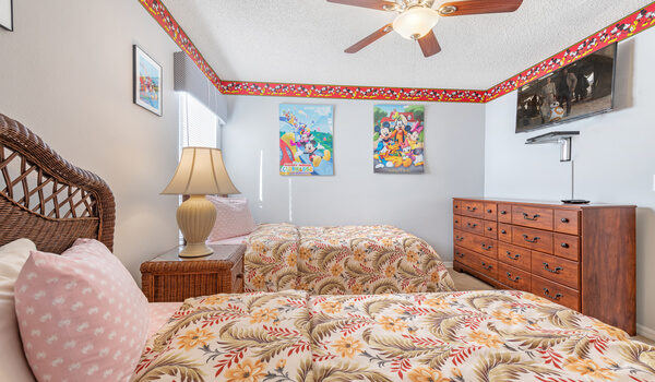 Kids bedroom #1, offers a flat-screen TV and DVD player